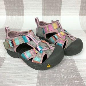 Keen Newport H2 Waterproof Sandal Pink Stripe Sz 6